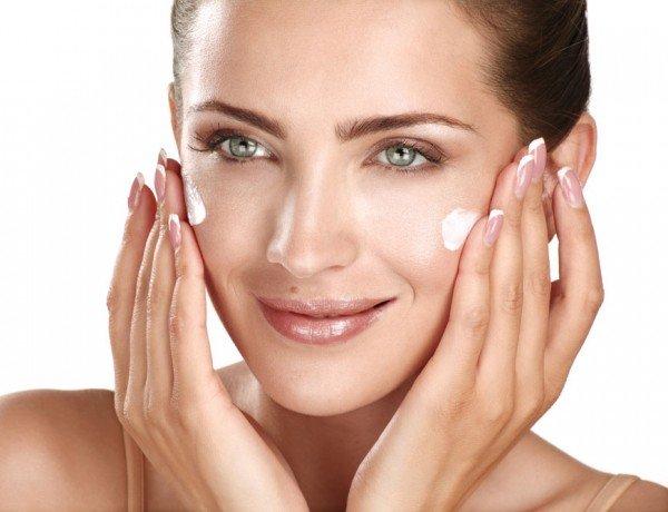 Kem dưỡng phục hồi da ngày và đêm Maria Galland Apaisante Tendresse Gentle Soothing Cream 213